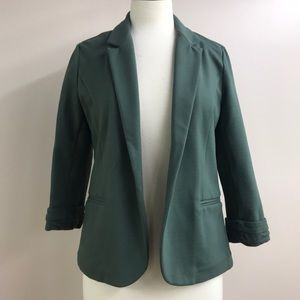 Skies Are Blue medium green blazer